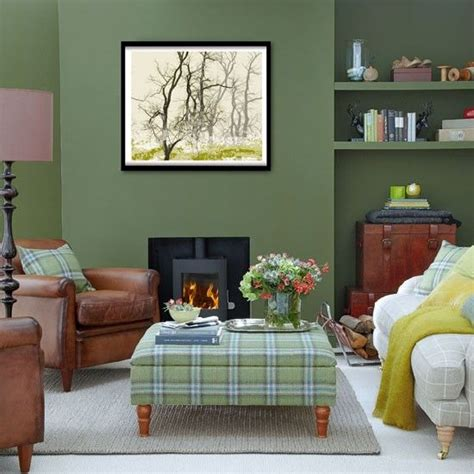 olive green living room 25 best ideas about olive green couches on pinterest