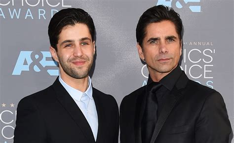 josh peck and john stamos john stamos josh peck buddy up for critics choice 2016