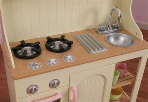 cuisine dinette en bois la cuisine dinette en bois complet avec meuble de rangement