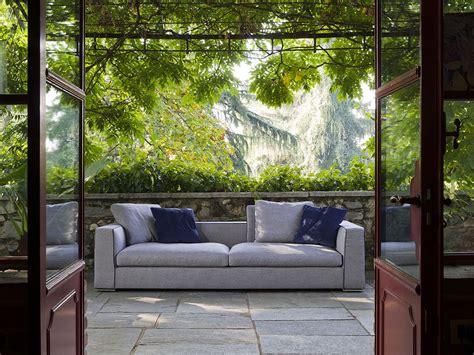 un divano a new york divano artigianale modello new york
