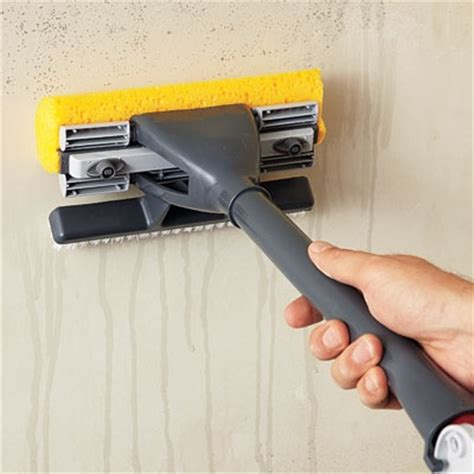 clean wall how to clean walls in the end of tenancy london local