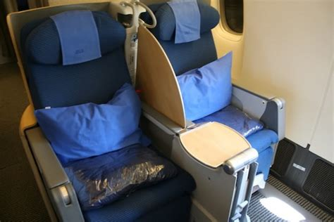 Airline Seat Recline Angle by Best International Business Class Seats For Sleeping