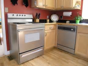 Metal Kitchen Backsplash 5 Diy Stainless Steel Kitchen Makeovers On The Cheap Do