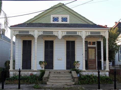 new orleans bungalow photo page hgtv