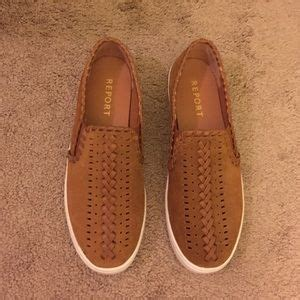 report detailed slip ons from s closet on