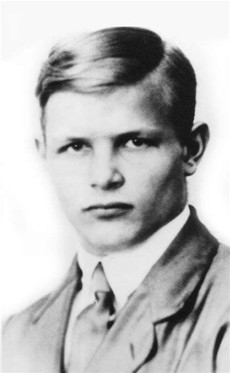 hitler biography for students dietrich bonhoeffer and the romance of friendship