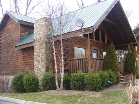 2 bedroom cabins in pigeon forge 2 bedroom cabin in pigeon forge smoky mountain
