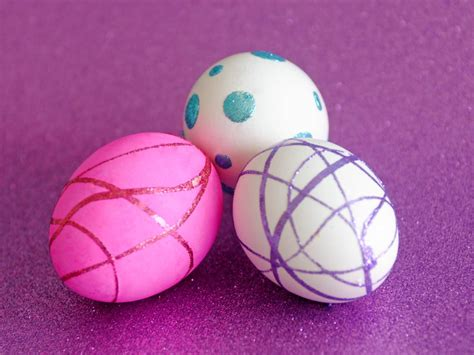 egg decorating easter egg decorating ideas easy crafts and decorating gift ideas hgtv