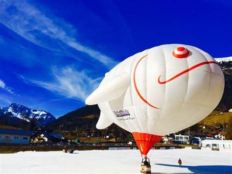 mongolfiera volante festa dell 2018 sedici mongolfiere e una special