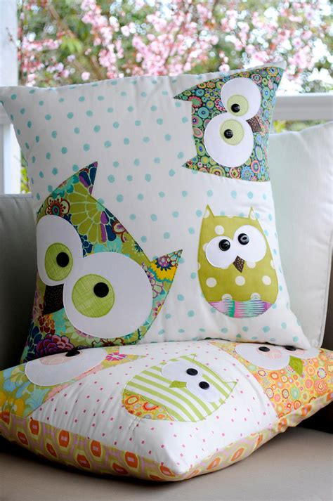 Patchwork Owl Cushion Pattern - items similar to a family of owls applique cushion pattern