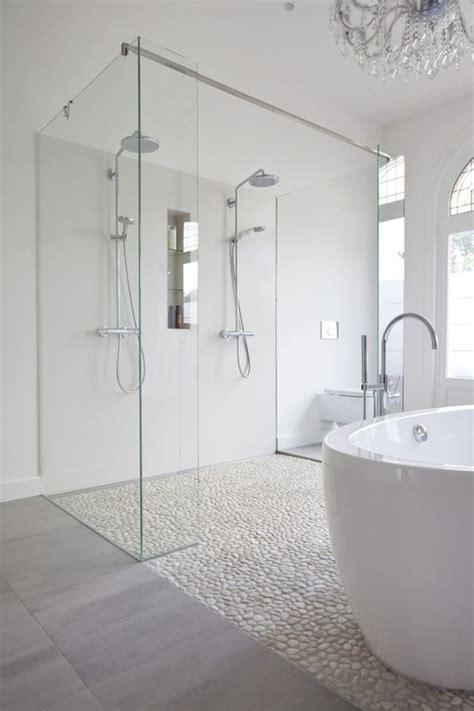 Kieselstein Fliesen 220 by Fu 223 B 246 Den Kiesboden And Badezimmer On