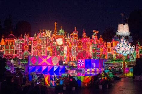 christmas lights 2018 in orange county ca niles why i don t like it s a small world version orange county register