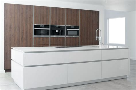 Modern Kitchen Cabinets Los Angeles c channel contino kitchen in woodland hills leicht los