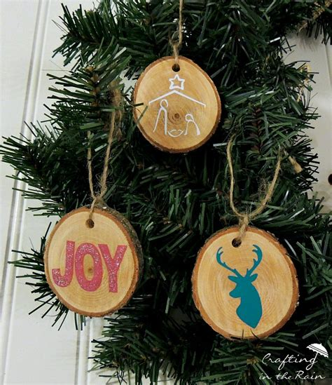 diy wood disc ornaments crafting in the - How To Make Wooden Ornaments