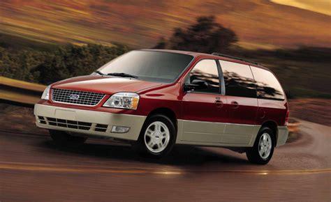 Ford Recalling 230,000 Minivans » AutoGuide.com News