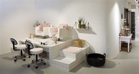 tweedehands stoel schoonheidssalon pac interiors kapsalon inrichtingen winkelinrichtingen
