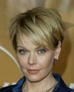 hairsuts with ears cut out and pushed up in back 89 best haircuts images on pinterest hair dos hairdos