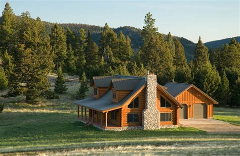 traditional style log cabin in montana home design