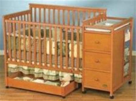 Look These Baby Crib Sets If You Are About To Buy For Your Simplicity Convertible Crib