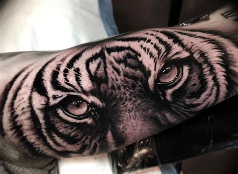 tiger eyes tattoo designs the 25 best tiger ideas on white