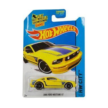 Mainan Anak Hotwheels Thunts Reg Ford Mustang Gt Concept jual hotwheels hw city 2005 ford mustang gt yellow diecast harga kualitas terjamin