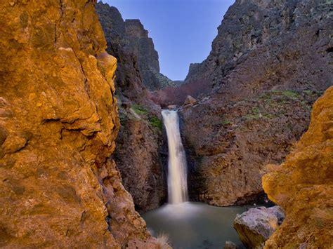 jump creek falls trail hiking