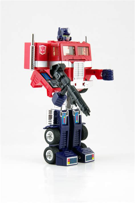 Expedition Transformer New transformer g1 autobot commander optimus prime reissued