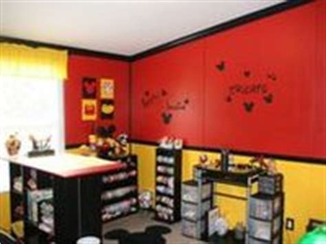 Disney Office Decor by 1000 Images About Office Decor On Mickey