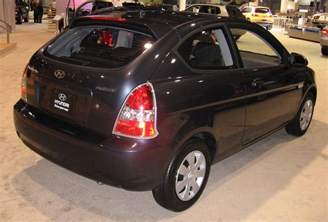file 2006 2007 hyundai accent mc fx limited edition hatchback 01 jpg wikimedia commons file 2007 hyundai accent hatchback dc jpg wikimedia commons