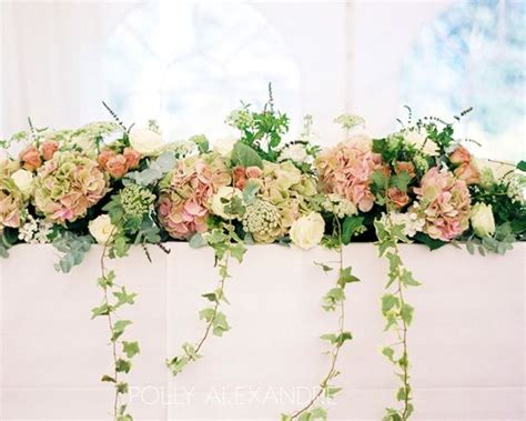 table flowers the 25 best ideas about table flower arrangements on
