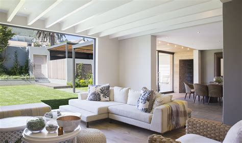 designer guide  decorating  contemporary style