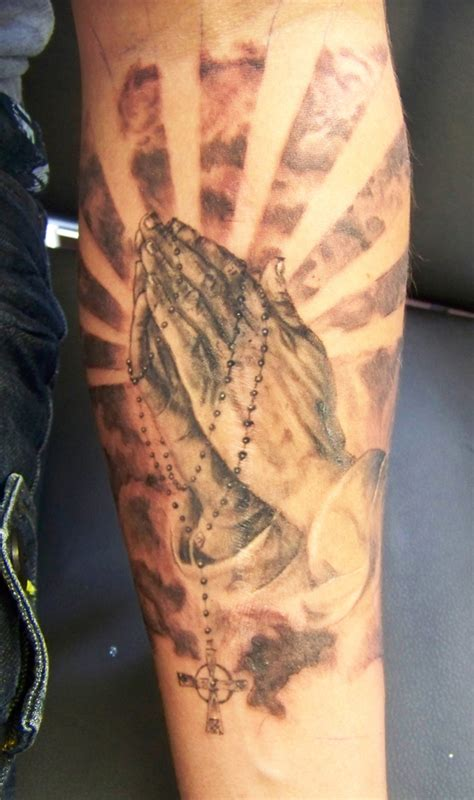 praying hands with rosary tattoo tattoo collections