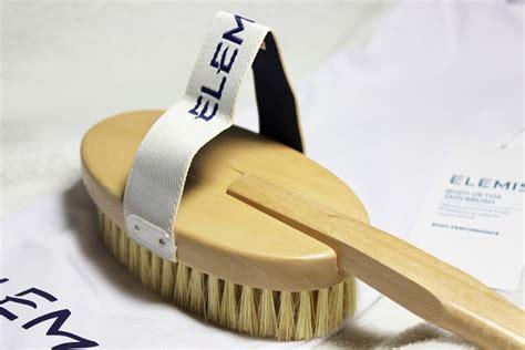 Elemis Detox Skin Brush Performance by Elemis Detox Skin Brush And Vanilla