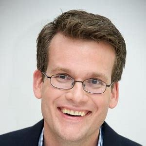 Biography Of John Green | john green biography affair married wife nationality
