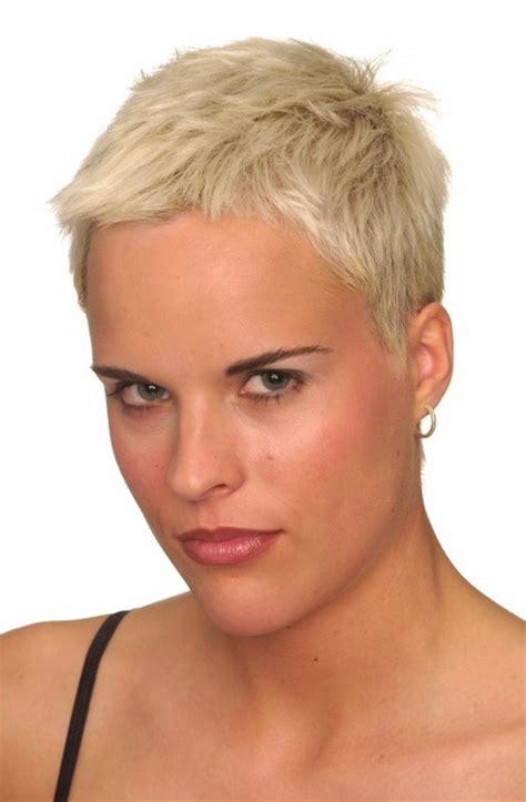 Haarfrisuren Kurz by Sehr Kurze Haarfrisuren Damen