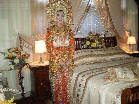 modelman sulaman emas set kamar pengantin