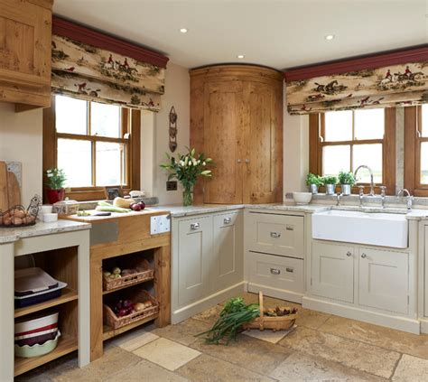 my kitchen dilemma modern or country skimbaco traditional kitchen