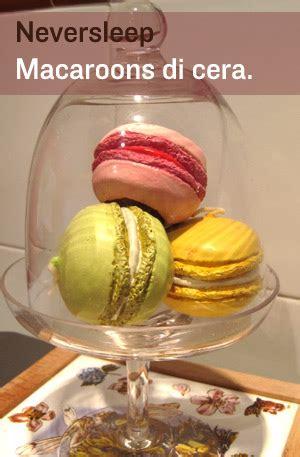 candele a forma di dolci macaruns o macaroons dalla pasticceria la dur 233 e dolcetti