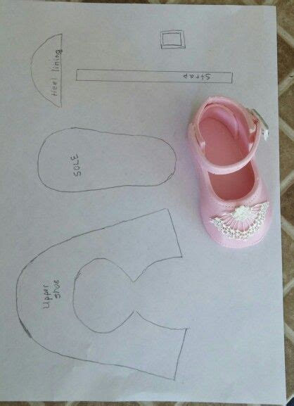 templates for baby shower cakes baby shoes for girls baby shower cake perfect maryjane