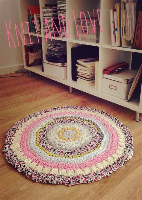 como hacer alfombra trapillo alfombra trapillo multicolor crochet con trapillo t shirt