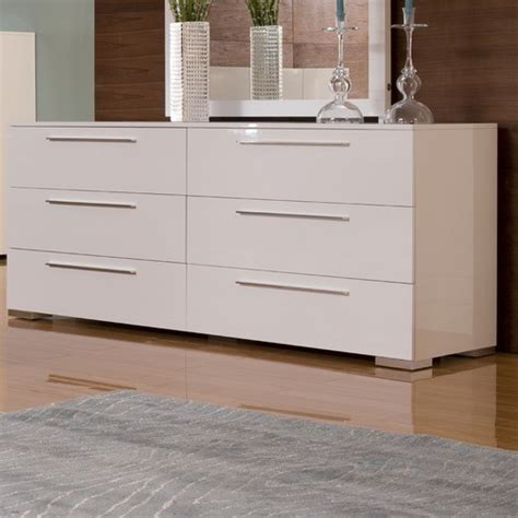 Chico Double Dresser In White Lacquer Modern Dressers Bedroom Chests And Dressers