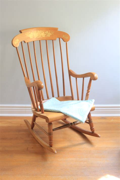 Rocking Chairs Rocking Babies by Rocking Chair For Baby Mpfmpf Almirah Beds