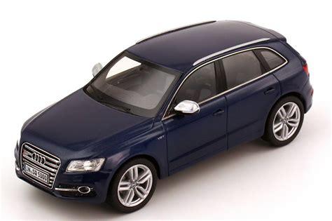 Audi Sq5 Modellauto by Audi Sq5 Tdi Estoril Blau Met Werbemodell Schuco