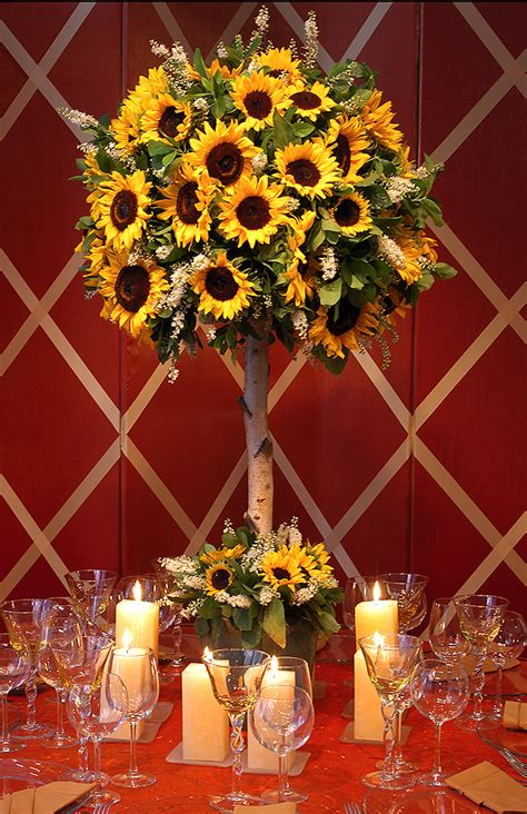 Sunflower Centerpieces For Weddings Sunflower Centerpieces For Late Summer Picnic