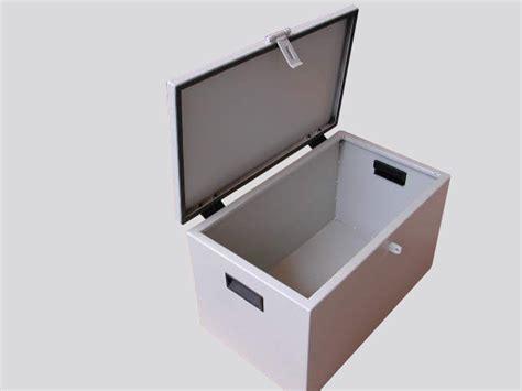 cassone porta attrezzi cassoni porta attrezzi srl arredamenti metallici e