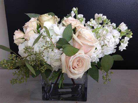 roses and hydrangeas centerpieces flowers wedding style