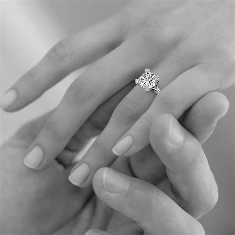 the best places to buy an engagement ring in dubai