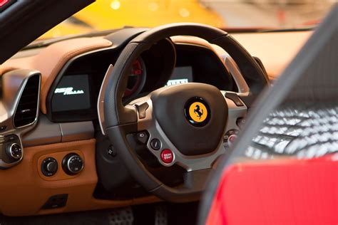 458 italia interni test drive vip day in maranello