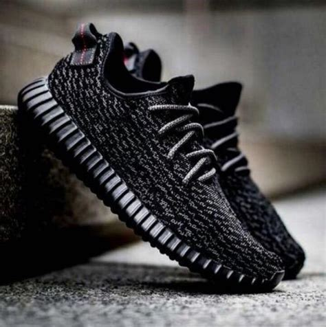 adidas yeezy shoes at rs 2400 pair adidas nmd adidas nmd एड ड स क ज त एड ड स श m