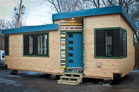 Small Home Builders Vermont Vermont Students Learn To Build A Tiny House Tiny House